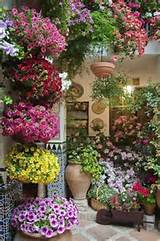 Patio Garden Ideas - http://www.decorhomeideas.com/patio-garden-ideas/