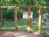 garden fencing for deer | … Trellis Rustic Fencing Grape & Kiwi ...