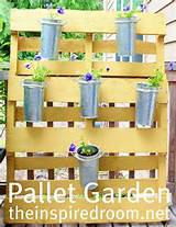 DIY pallet garden / privacy screen for herbs or flowers (inside or ...