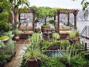 ... Eastern-Style Rooftop Terrace Garden Of A New York Duplex | DigsDigs