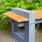 DIY Garden Variety Outdoor Bench Plans