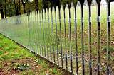 Creative Garden Fence Decoration Ideas (30)