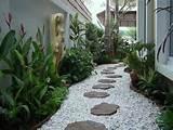 Garden Walkway Ideas 500x375 Garden Walkway Ideas
