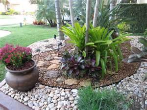 FLA Rock Garden Landscape eclectic-landscape