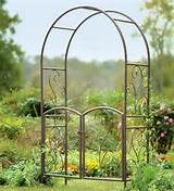 Metal garden gates – wrought iron garden gates or modern designs ...