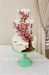 you have to see japanese cherry blossom cake on craftsy