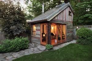 stupende casette in legno da giardino