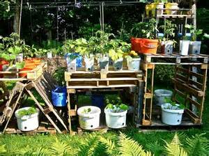 DIY Garden Ideas for Wood Pallets | The Garden Glove