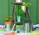 This is certainly the easiest idea as tin cans find their use ...