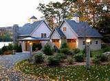 simple ways to bring autumn touches to your curb appeal
