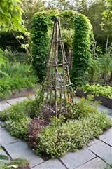 Trellis in vegetable garden. | Prosperous Potager | Pinterest