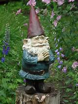 Home / Garden statues and lawn ornaments / Gnomes / Gnome Greeter