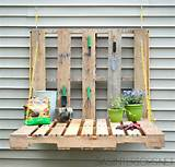 How to Make Garden Pallet Table - DIY & Crafts - Handimania