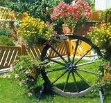 fun garden decorations and recycling ideas for yard landscaping