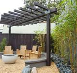 Pergola Ideas for Small Backyards | Pergolas / Gazebo