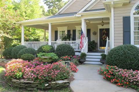 12 Photos of the Amazing Landscaping Ideas for Front of House