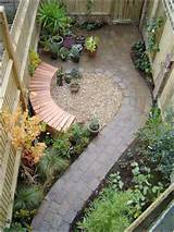10 Awesome Ideas to Design Long and Narrow Outdoor Spaces - Fun Corner