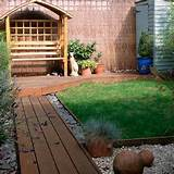 design-ideas-for-small-gardens-Small-garden-with-decked-path