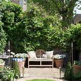 garden wall with centred bench | Easy garden transformations | Garden ...